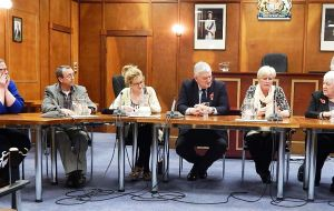 Six hopefuls take turns in answering question about their proposals