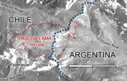 The Pascua-Lama gold mine on the Andes border between Argentina and Chile is planned to demand an investment of 8 billion dollars