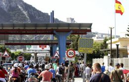 The main impact of the delays are on persons who work in Gibraltar and who live in Spain