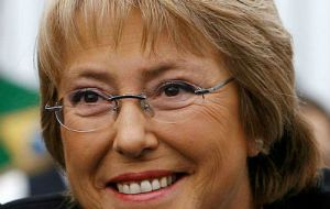 Moderate and pragmatic left wing Bachelet is expected to win in the December runoff