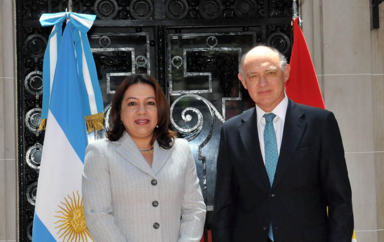 Foreign minister Carolyn Rodrigues-Birkett visited Buenos Aires, special guest of Timerman