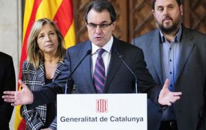 Catalan president Mas said agreement had been reached on the date and on two questions for the referendum
