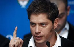"Kicillof: ""it's basically a voluntary price agreement between the national government and the sector's main actors"""