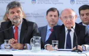The release came from Foreign minister Hector Timerman ministry and Daniel Filmus  (L) new Malvinas issue Secretariat