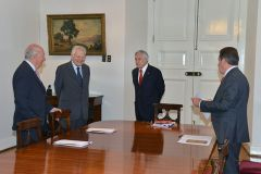 President Piñera met with former presidents to transmit unity