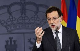 Pro-independence leaders in Catalonia say PM Rajoy should follow the example of UK PM Cameron with Scotland