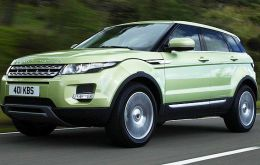 During 2013 JLR sold a record 425,006 saloons and sports utility vehicles