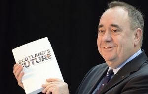 "Mr Salmond says the pound is ""as much Scotland's as the rest of the UK""."