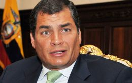 The meeting was announced by president Correa and will take place during the inauguration of Chilean leader Bachelet