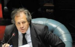 Foreign minister Luis Almagro anticipated the possibility of such a visit to parliament last month