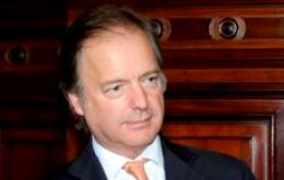 Foreign Secretary minister Hugo Swire was interviewed by Telam in Montevideo