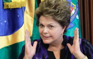 Rousseff furious with US spying of her internet mail cancelled an official visit to Washington