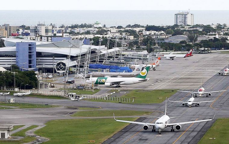 A temporary canvas terminal will be used instead of a planned airport expansion to receive fans in Fortaleza