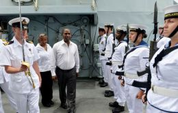The vessel hosted a visit from PM Dr. Gabriel Costa and several ministers