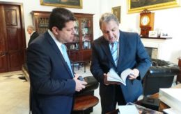 Chief minister Picardo with Maltese Parliament speaker Farrugia