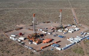 The deal gives YPF a chance to lure investment for its Vaca Muerta shale deposits