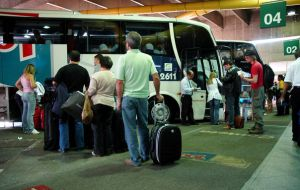 Suburban bus drivers are demanding a similar salary increase to their city counterparts