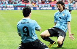 The first head goal was a combination with Cavani