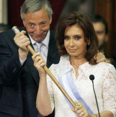 Viveza criolla E Stata Una Costante della POLITICA ECONOMICA argentina Sotto Sia il Presidente Cristina Fernández e il Suo defunto Marito e predecessore, Nestor Kirchner.