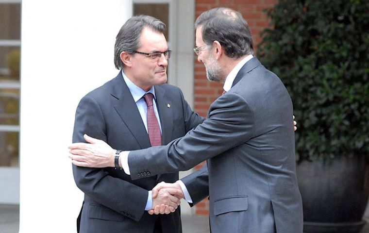 Mas and Spain' PM Rajoy met for over two hours but positions remain deadlocked