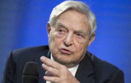 The plaintiffs in the latest lawsuit which includes Soros, hold more than €1.3 billion in Argentine debt.