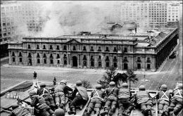 In September 1973, Chilean armed forces took over the country in a bloody coup. Under Pinochet the dictatorship lasted until 1990