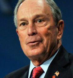 Uruguay ha ricevuto il sostegno da fonti esterne, tra cui l'ex sindaco di New York Bloomberg, la cui fondazione ha pagato una parte considerevole delle spese legali