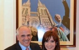 The former Colombian president also met with Cristina Fernandez