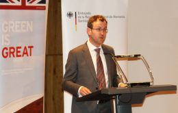 Deputy Head of Mission Mal Green said that bilaterally, the UK has been working with Chile to help 'decarbonise' its economy