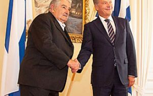 "UPM flattered with president Mujica, ""but the construction of a new pulp mill is currently not on UPM's agenda"""