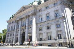 Argentina depositato il pagamento della cedola sulle sue obbligazioni legali stranieri pari con Nacion Fideicomisos dopo aver rimosso l'ex amministratore, Bank of New York Mellon