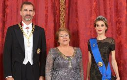 The Spanish royal couple greeted Bachelet at the Pardo Palace in Madrid, the official residence for visiting heads of State