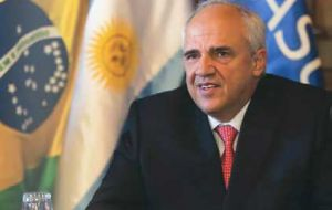 """The success of Venezuela in exiting the current situation must be a goal for all Unasur member countries"", said Unasur chairman"