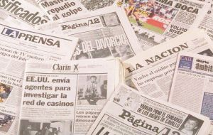 "A ""tandem of newspapers,"" said Parrilli push for ""uncertainty, bad news"" to ""have politics subordinated to their interests."""