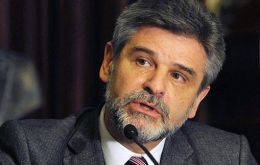 Argentine Secretary of Malvinas Affairs Daniel Filmus calls for three-part deeper approach. at the issue of sovereignty