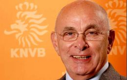 """It is about time that the organization is normalized and that its full focus is back on football"", said challenger KNVB president Michael van Praag"