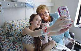 There was no information on what was said, but photographs of the visit were provided, including one of Valentina taking a selfie with the president