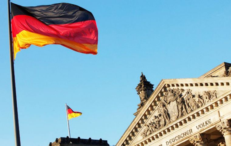 By buying bonds with a negative yield, investors are essentially prepared to pay Germany for the right to hold its debt if they retain those bonds until maturity.