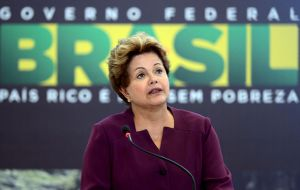 President Rousseff was expected to sign into law the news truckers' bill to lower toll costs, waive some fines and build more rest points in federal highways