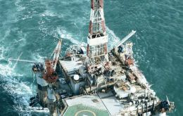 Oil was discovered in 2010 on the Sea Lion field and production for the world markets is currently planned for 2019.