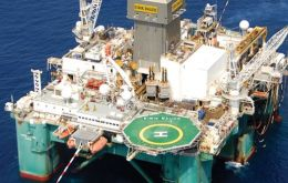 The Eirik Rude semi-submersible platform is currently drilling a second well at Isobel Deep in the north Falkland basin