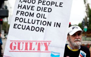 Chevron has accused the Ecuadorian government of being behind an alleged conspiracy to defraud the energy corporation