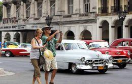 The number of US visitors, 600,000 annually, a figure that includes many Cuban-Americans visiting relatives, is expected to escalate.