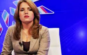 The reporter who asked about the presidential visit to Cuba was Cristina Escobar from Cuba's national television