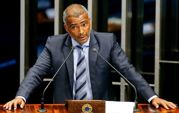 "Romario: ""There's no other alternative. Either these guys all go to prison or they will continue sucking the blood out of Brazilian football until its death"""