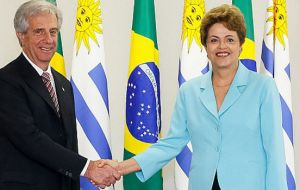 Uruguay's Tabare Vazquez met with his counterpart in Brasilia, Dilma Rousseff and they agreed that it was necessary to have a 'more flexible' Mercosur
