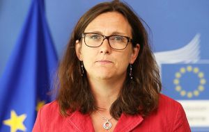 In the sidelines of the summit,  Mercosur representatives will meet with EU Trade Commissar Cecilia Malmstrom to assess the current situation