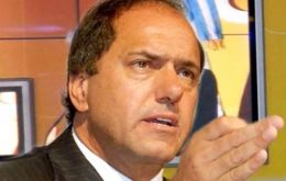 "Scioli called for ""no speculations"" regarding his vice-president candidate but also expressed his ""affection and respect"" for the president's son"