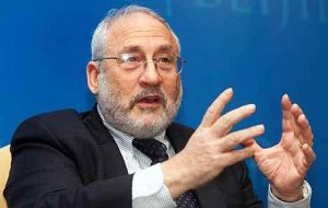 "Stiglitz continues to assert that the US Treasury's belief that sovereign debt restructurings do not need to be under international law is ""incredible""."