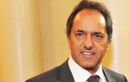 On making the announcement Scioli confirmed he made the choice after talking with President Cristina Fernández and proposing the official as running mate.